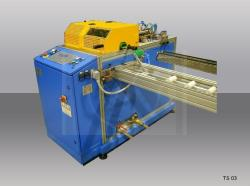 Special cutting machine for plastic cork